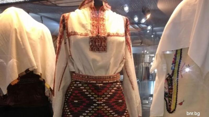 Традиційний одяг болгарки і вплив європейської моди 631533dd9100c
